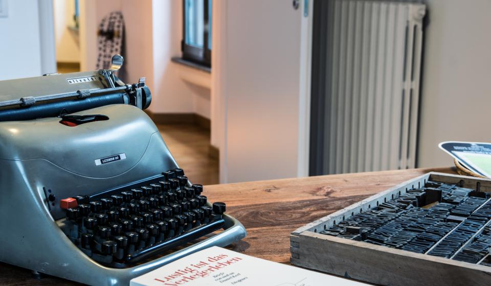 Marcos y Marcos è una casa. Editrice. Vuoi essere nostro ospite?